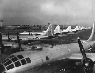 Jb Aviation B 29 Superfortresses At Boeing Plant In Wichita